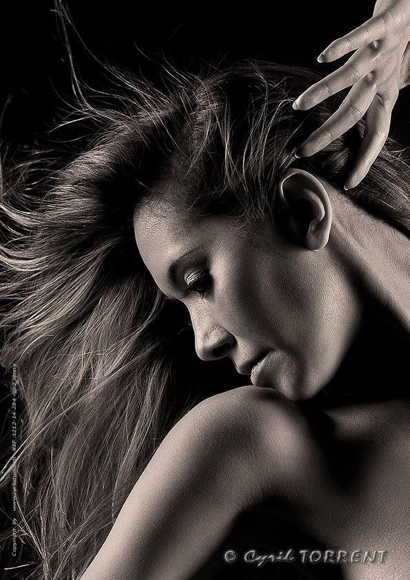 jenny suv femme genève modèle mannequin suisse maquilleuse danseuse portrait noir blanc cyril torrent