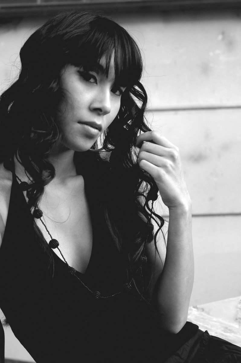 jenny suv femme genève modèle mannequin suisse maquilleuse danseuse mode fashion portrait