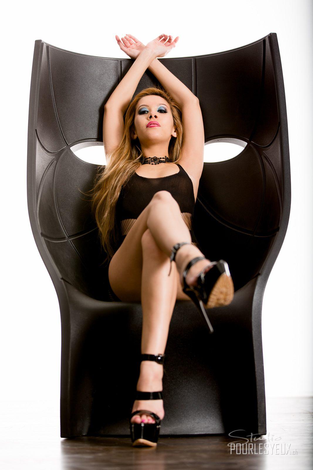 jenny suv femme genève modèle mannequin suisse maquilleuse danseuse charme lingerie
