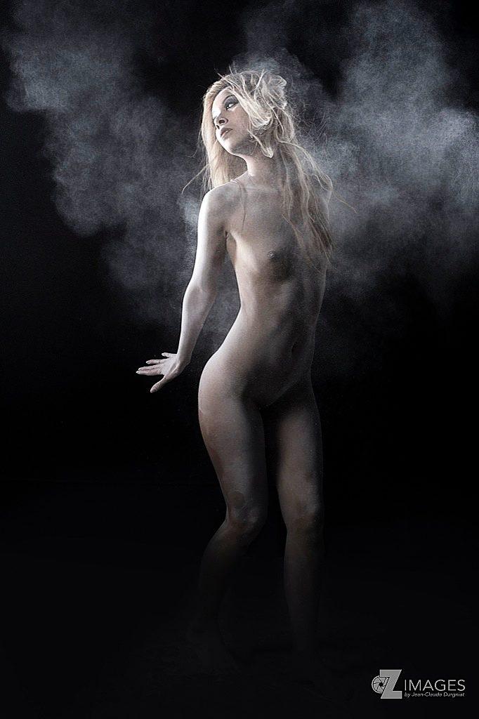 jenny suv femme genève modèle mannequin suisse maquilleuse danseuse nu charme artistique