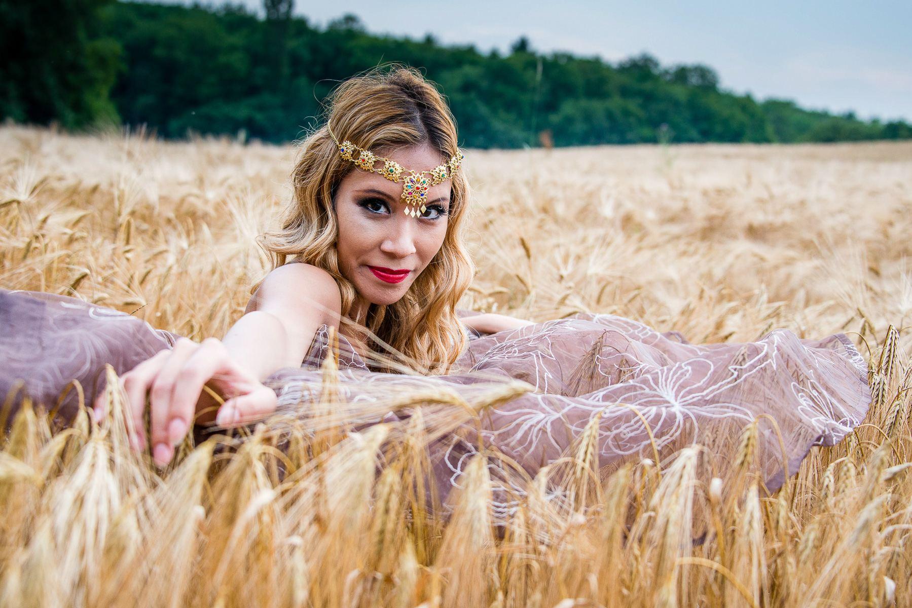 jenny suv femme genève modèle mannequin suisse maquilleuse danseuse nu charme portrait