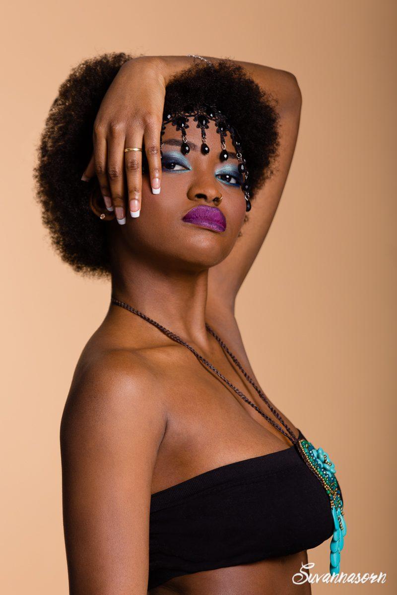 suvannasorn maquillage beauté bleu femme genève maquilleuse artiste photographe