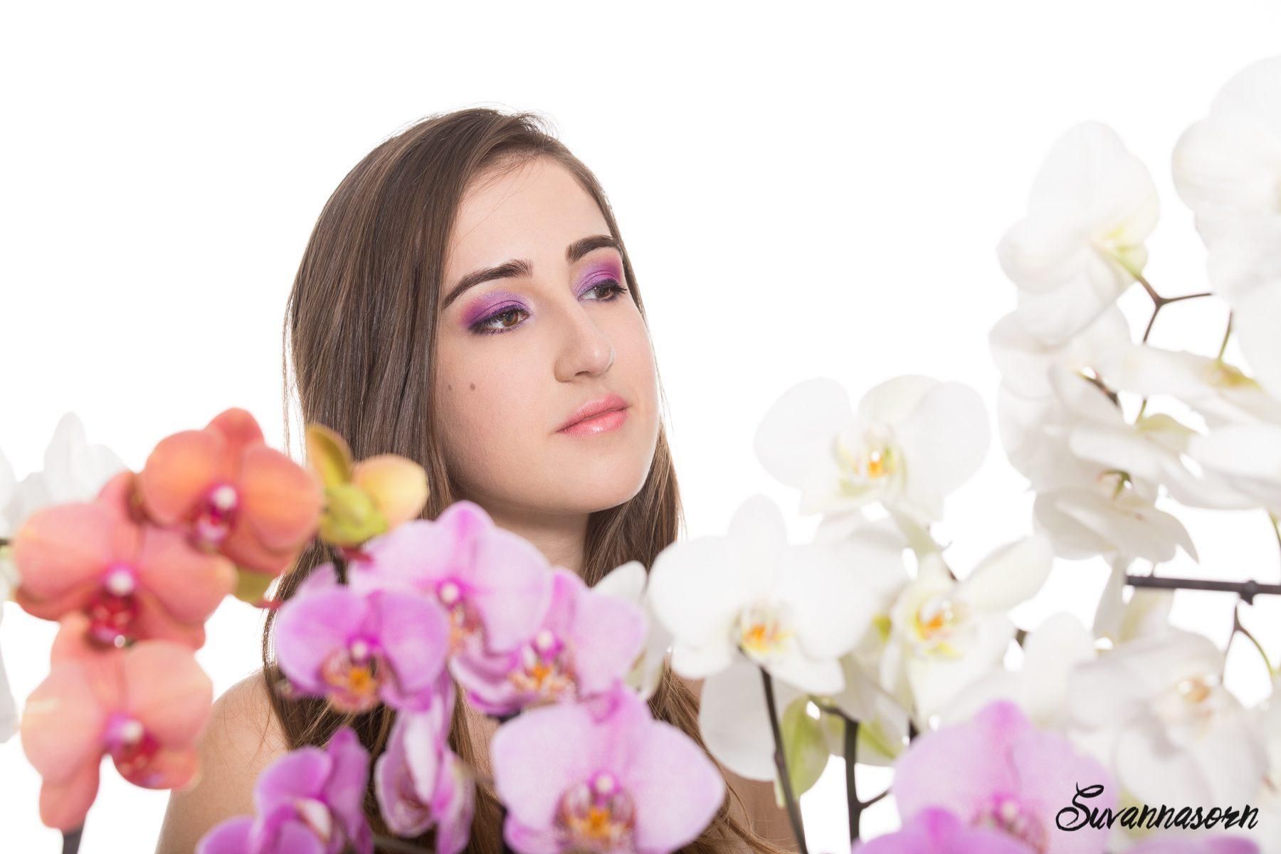 suvannasorn photographe beauté femme modèle genève suisse maquillage maquilleuse coiffeuse violet orchidée