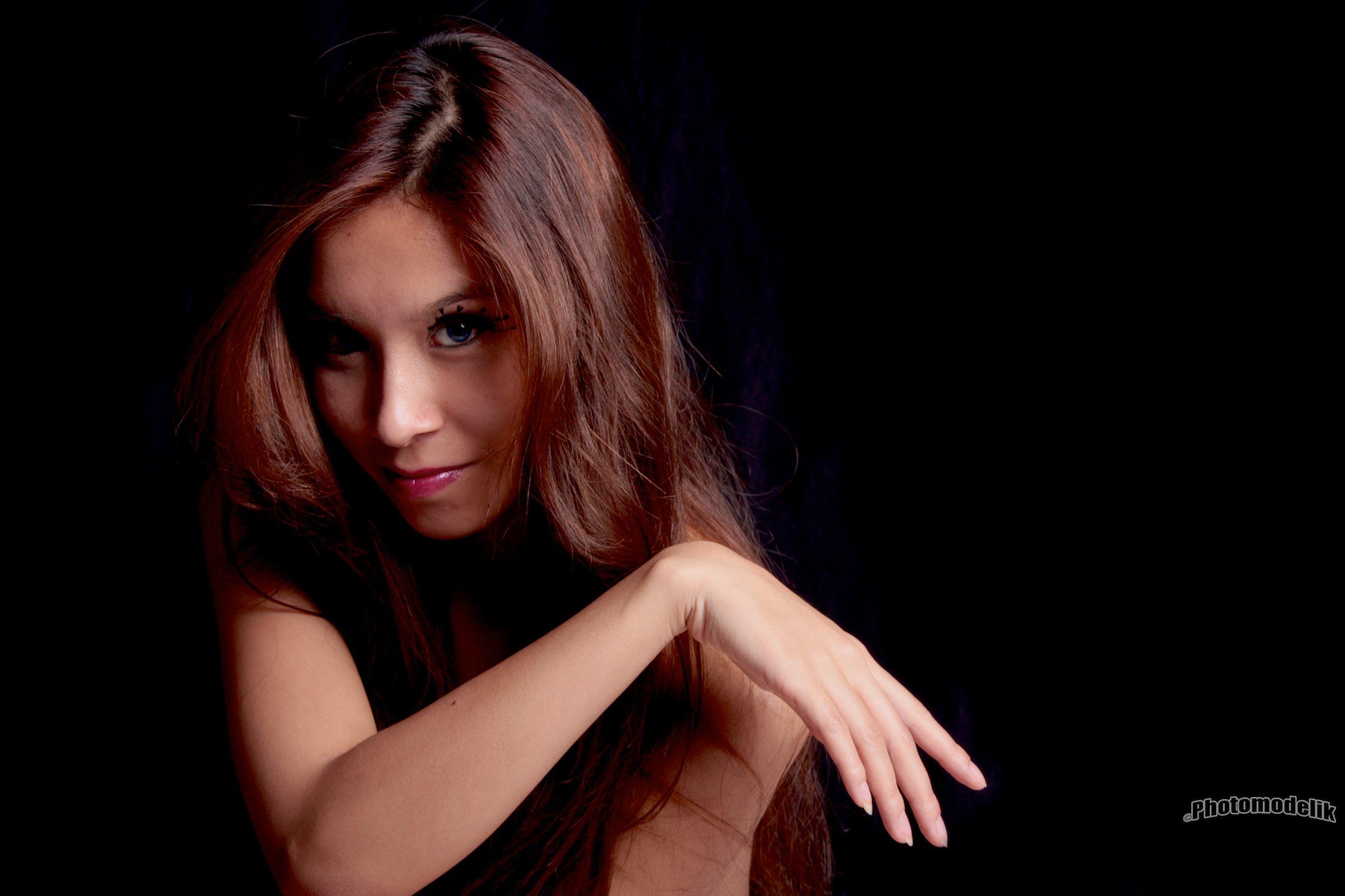 jenny suv femme genève modèle mannequin suisse maquilleuse danseuse portrait charme artistique