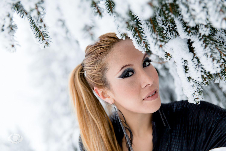 suvannasorn photographe beauté femme modèle genève suisse maquillage maquilleuse coiffeuse smoky eyes noir neige