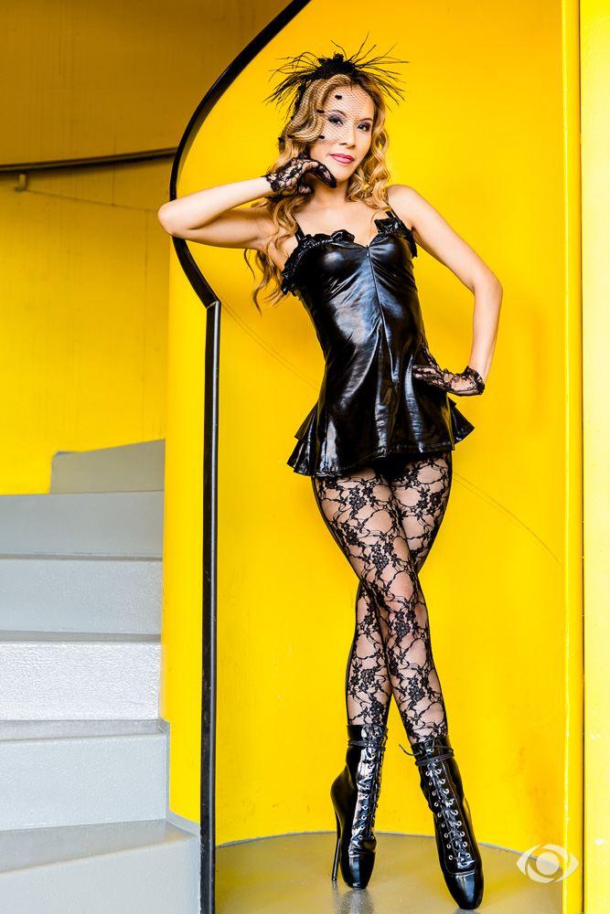 jenny suv femme modèle mannequin comédienne maquilleuse maquillage genève suisse ballet fetish