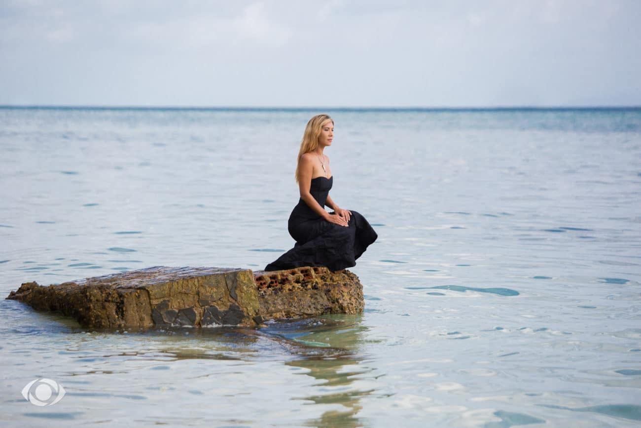 jenny suv femme genève modèle mannequin suisse maquilleuse danseuse océan mer mode fashion thailande