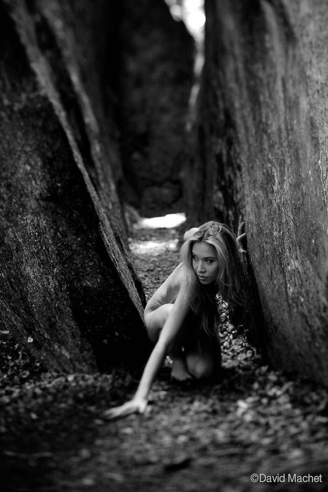 jenny suv femme genève modèle mannequin suisse maquilleuse danseuse nu noir blanc charme extérieur
