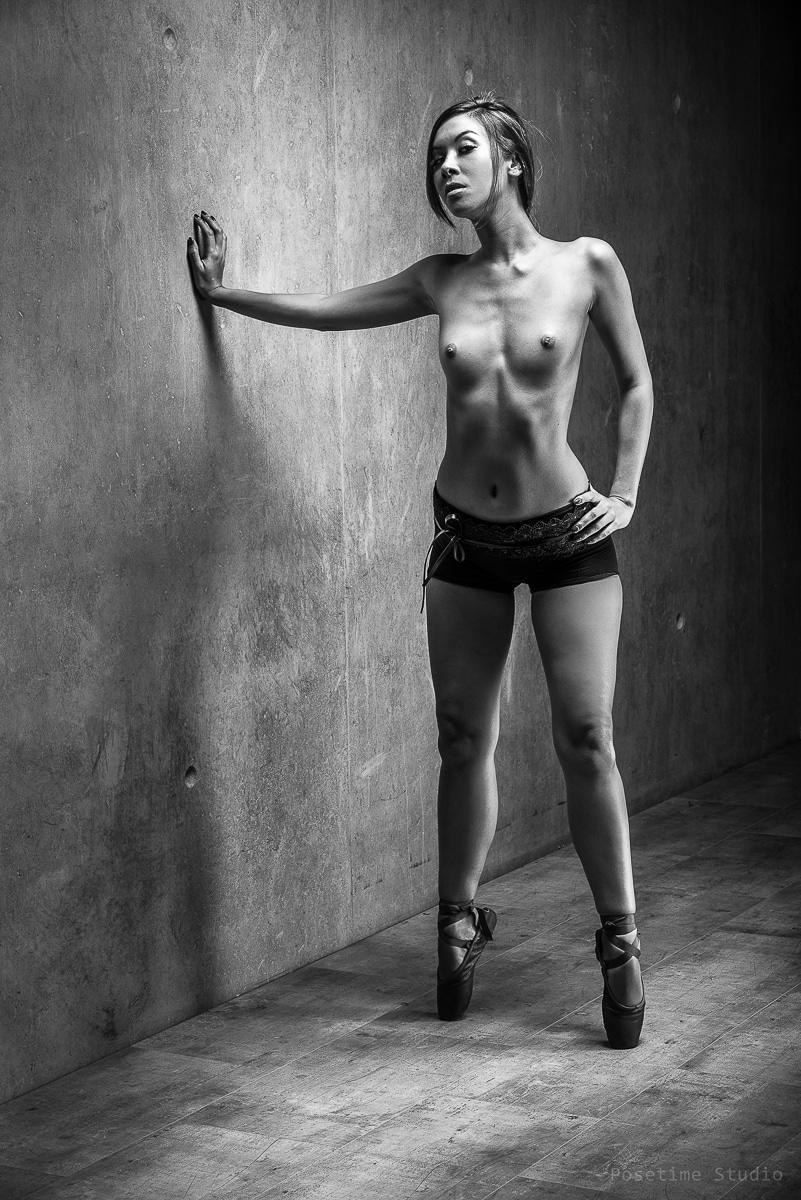 jenny suv femme genève modèle mannequin suisse maquilleuse danseuse nu noir blanc charme ballet ballerine