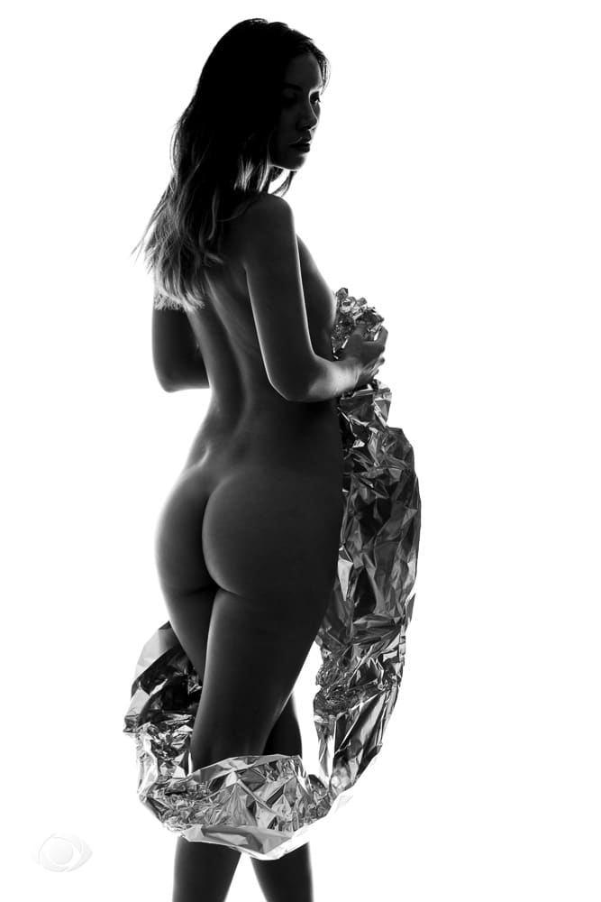 jenny suv femme genève modèle mannequin suisse maquilleuse danseuse nu noir blanc charme