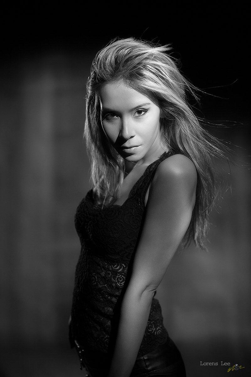 jenny suv femme modèle mannequin genève maquillage maquilleuse coiffeuse portrait