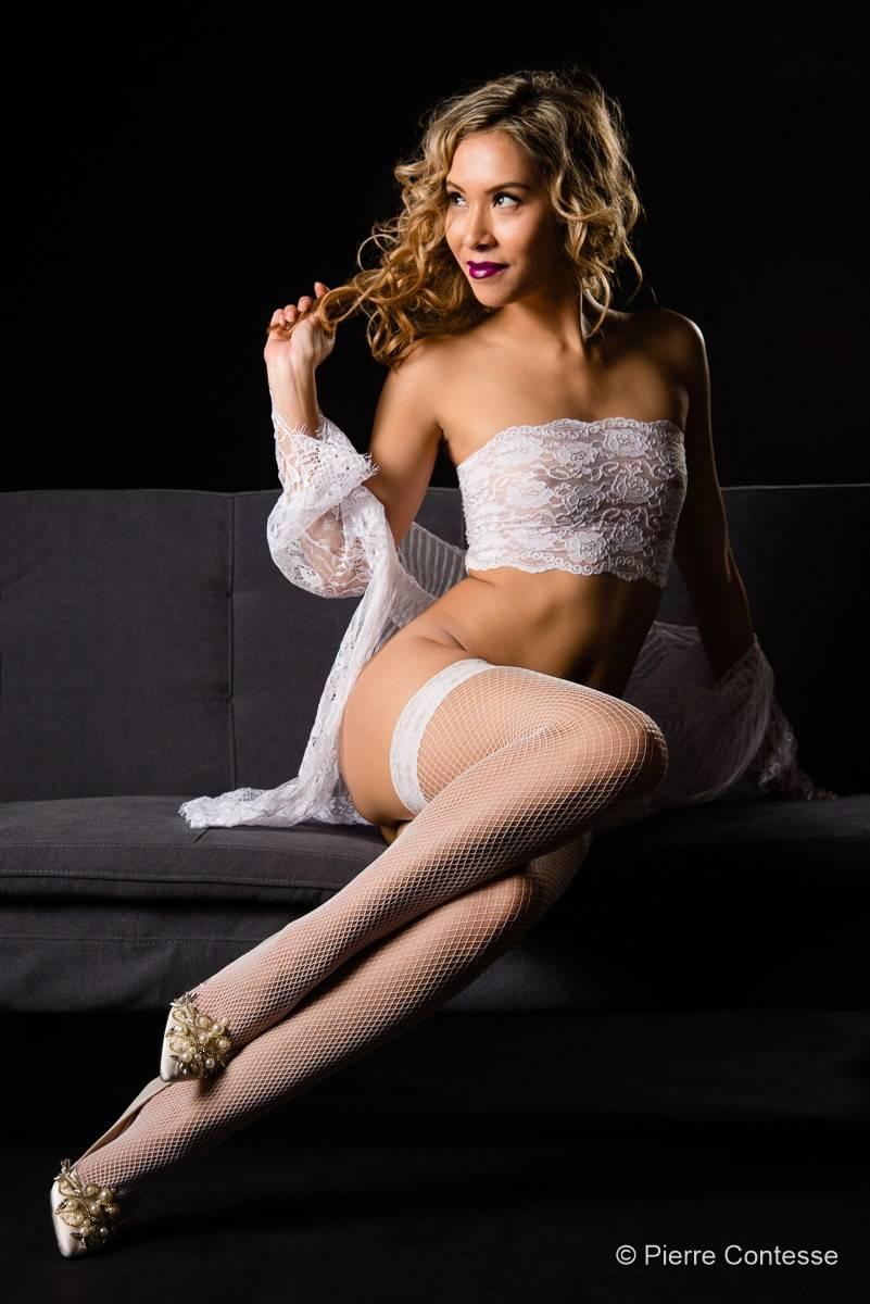 jenny suv femme genève modèle mannequin suisse maquilleuse danseuse nu charme lingerie
