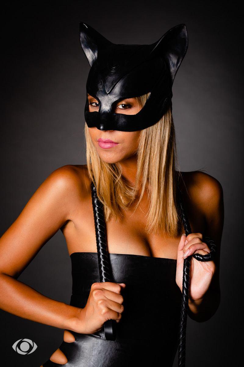 latex modèle jenny suv suisse genève maquilleuse maquillage mannequin comédienne actrice femme portrait catwoman