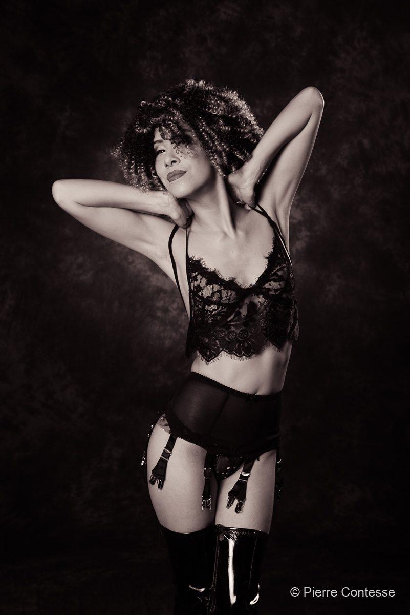 modèle séance photo suisse maquilleuse mannequin genève mode vidéo nu artistique charme lingerie