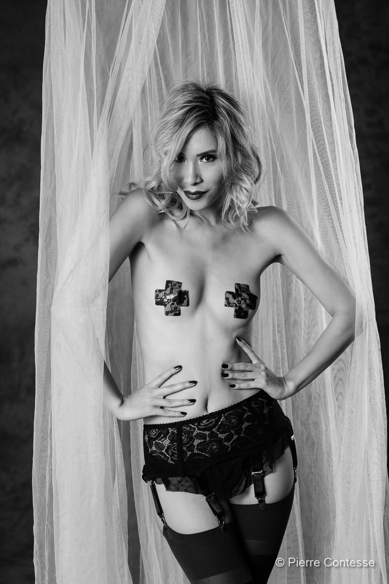 modèle, mannequin, genève, photo modèle, eurasienne, geneva, séance photo, shooting, actrice, comédienne, lingerie, nu, charme, femme